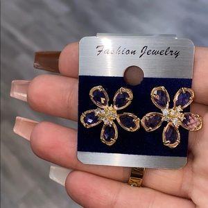 Crystal gorgeous flower earrings
